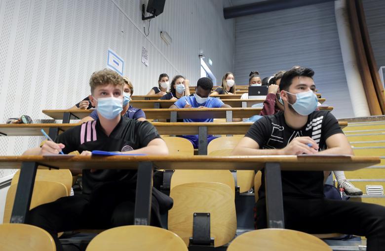 Συρίγος για Πανεπιστήμια: Τα μαθήματα δεν θα ξανά γίνουν εξ αποστάσεως