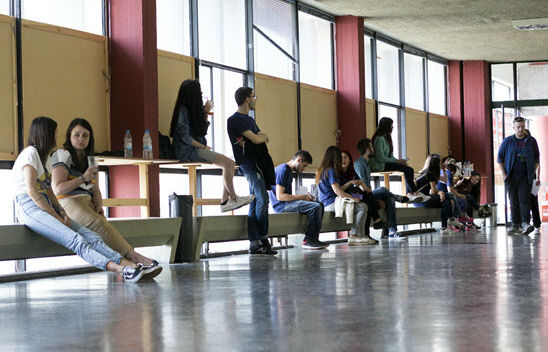 Σε 5 μέρες ο κατ' οίκον περιορισμός για τους Κύπριους φοιτητές -Θα γίνουν επιπλέον κλινικές και εργαστηριακά μαθήματα
