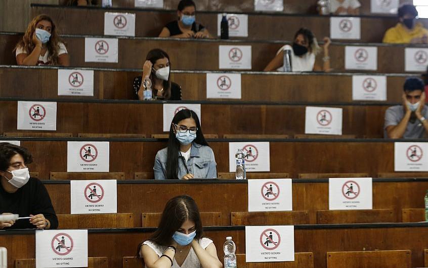 Κεραμέως: Εξετάζεται η είσοδος των φοιτητών στα Πανεπιστήμια με πιστοποιητικό εμβολιασμού ή αρνητικό τεστ