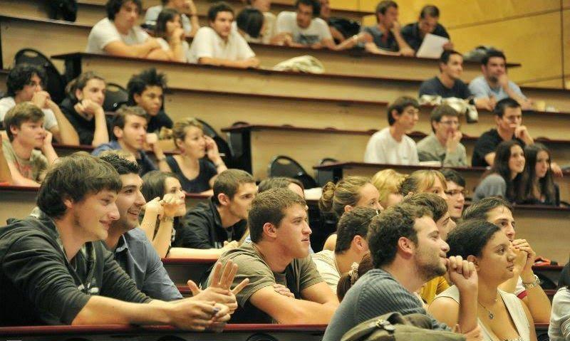φοιτητές, πέραν, κανονικών, εξάμηνων, σπουδών, ΑΕΙ, Πανεπιστήμια,ΤΕΙ,EXAMINA,αιώνιοι,ΕΛΣΤΑΤ