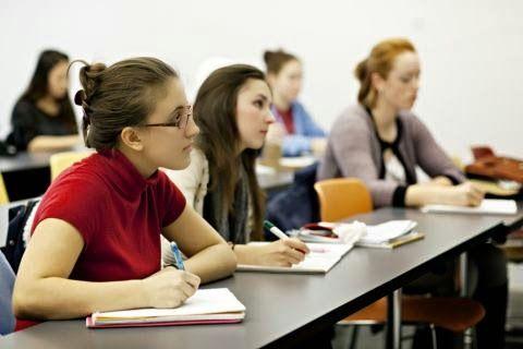 ΙΕΚ,διδάκτρων,επιβολής ΦΠΑ,23%