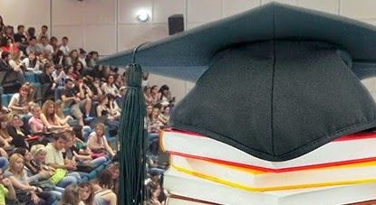 Μαθήματα, χωρίς βιβλία, φοιτητές, ιατρική πάτρας, βιβλία πάτρας Μαθήματα χωρίς βιβλία για τους φοιτητές και στο βάθος … «τρέχουν» οι λαγοί των διδάκτρων!