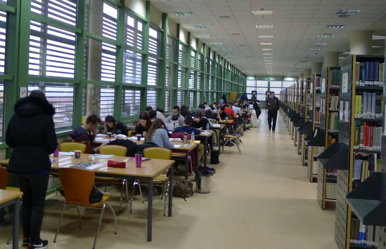 Ανοιχτή και τα Σαββατοκύριακα η βιβλιοθήκη του Πανεπιστημίου Ιωαννίνων μετά τις αντιδράσεις των φοιτητών